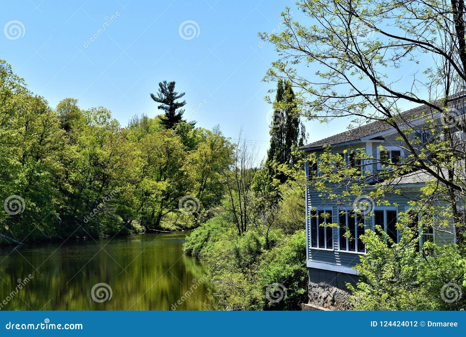 Fiume di Contoocook, città di Peterborough, la contea di Hillsborough, New Hampshire, Stati Uniti