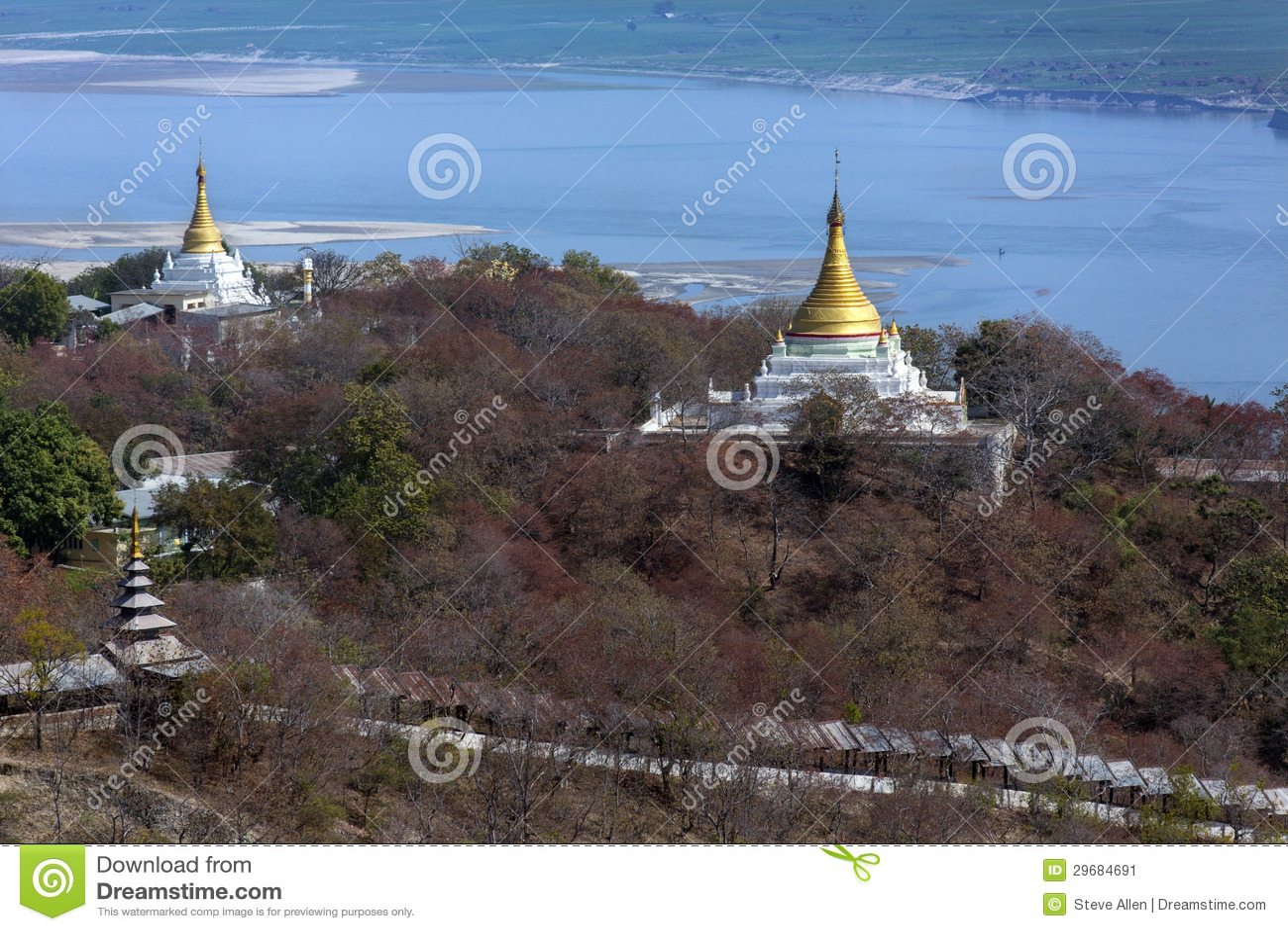 Fiume di Irrawaddy dalla collina di Sagaing - Myanmar