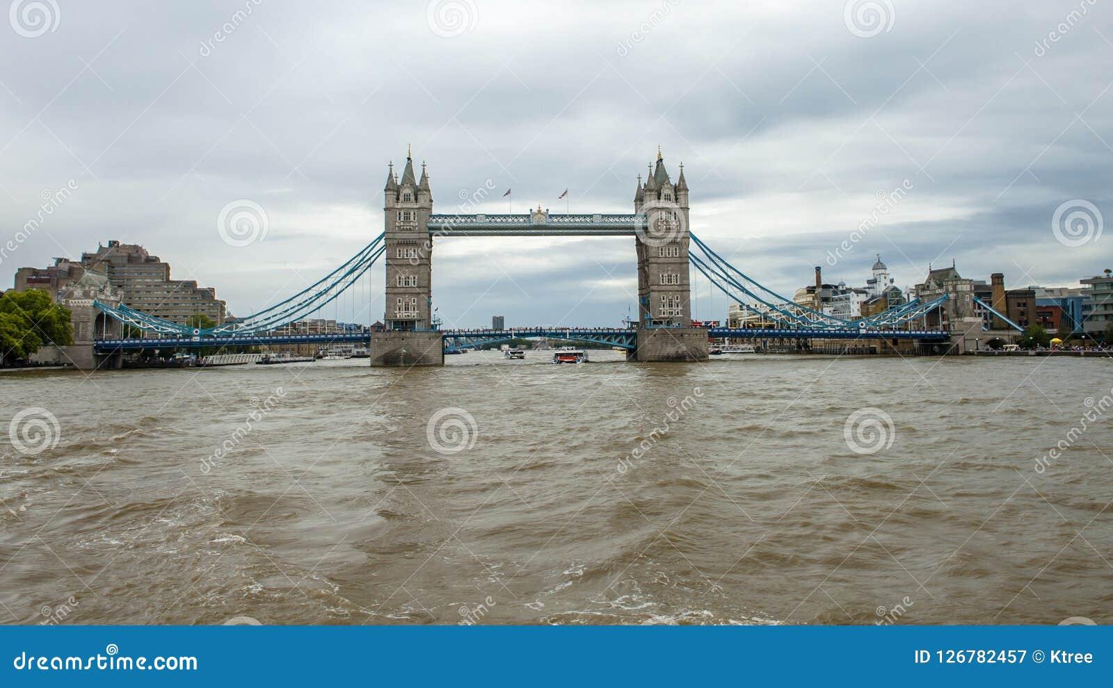 Fiume Di Tamigi Londra Immagine Stock Immagine Di Londra 126782457