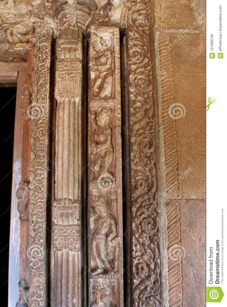 Charmant Five Different Styles Of Carving Around The Entrance Door Of The Garbh  Griha, Faux Door