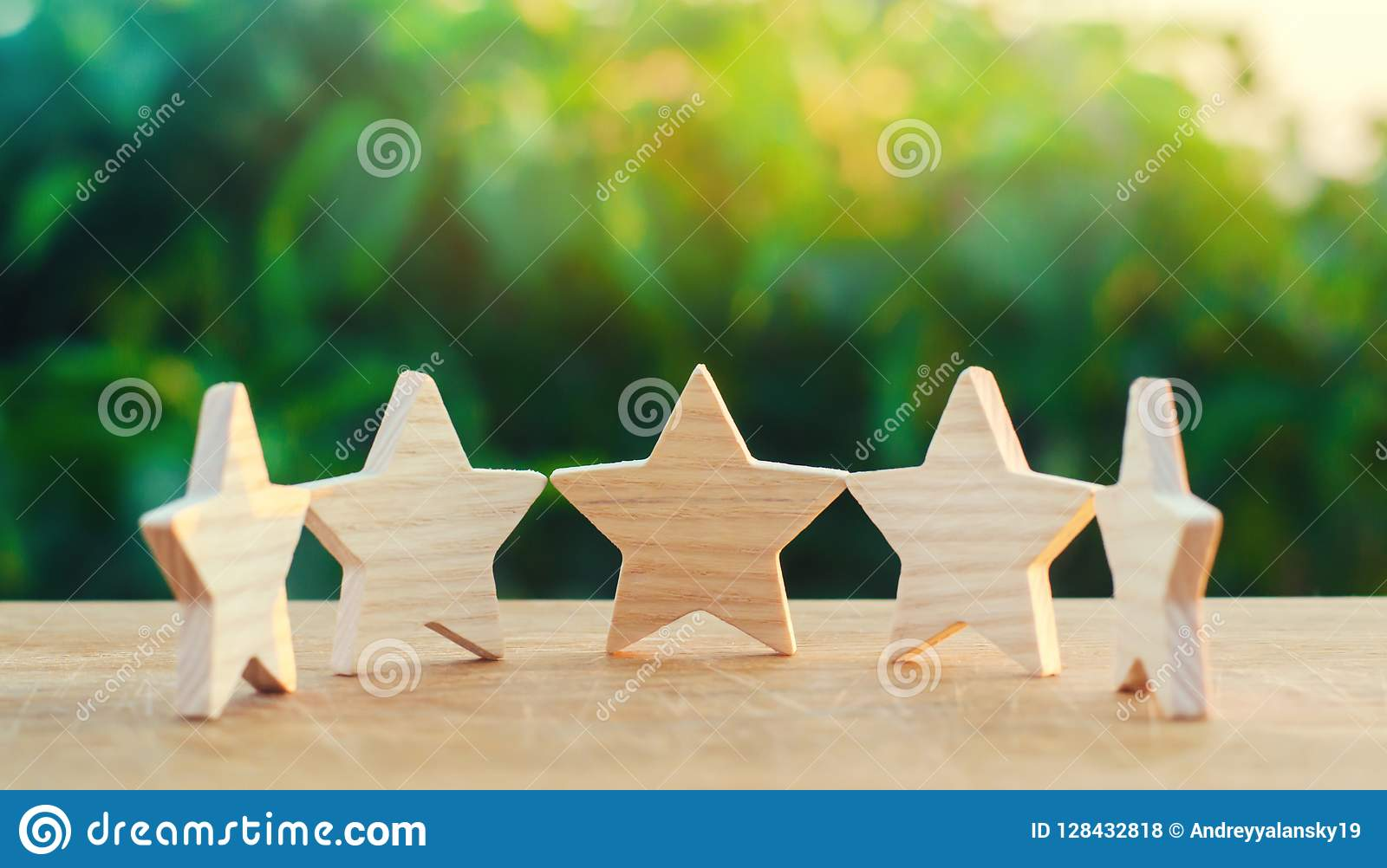 Five wooden stars. Get the fifth star. The concept of the rating of hotels and restaurants, the evaluation of critics and visitors