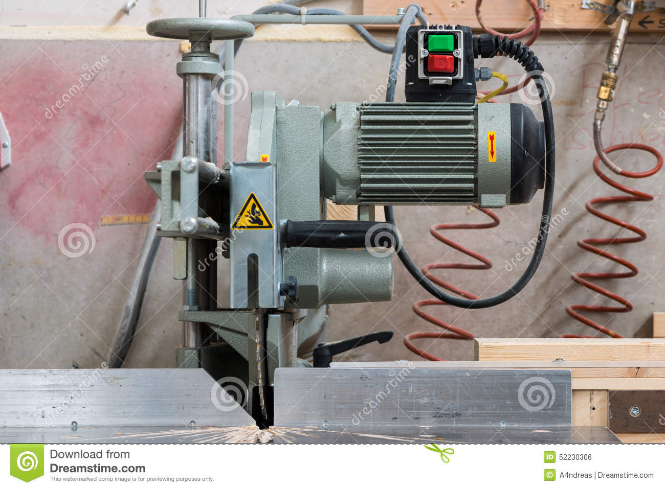 Fixed circular buzz saw with electric motor stock for Electric motor for bandsaw
