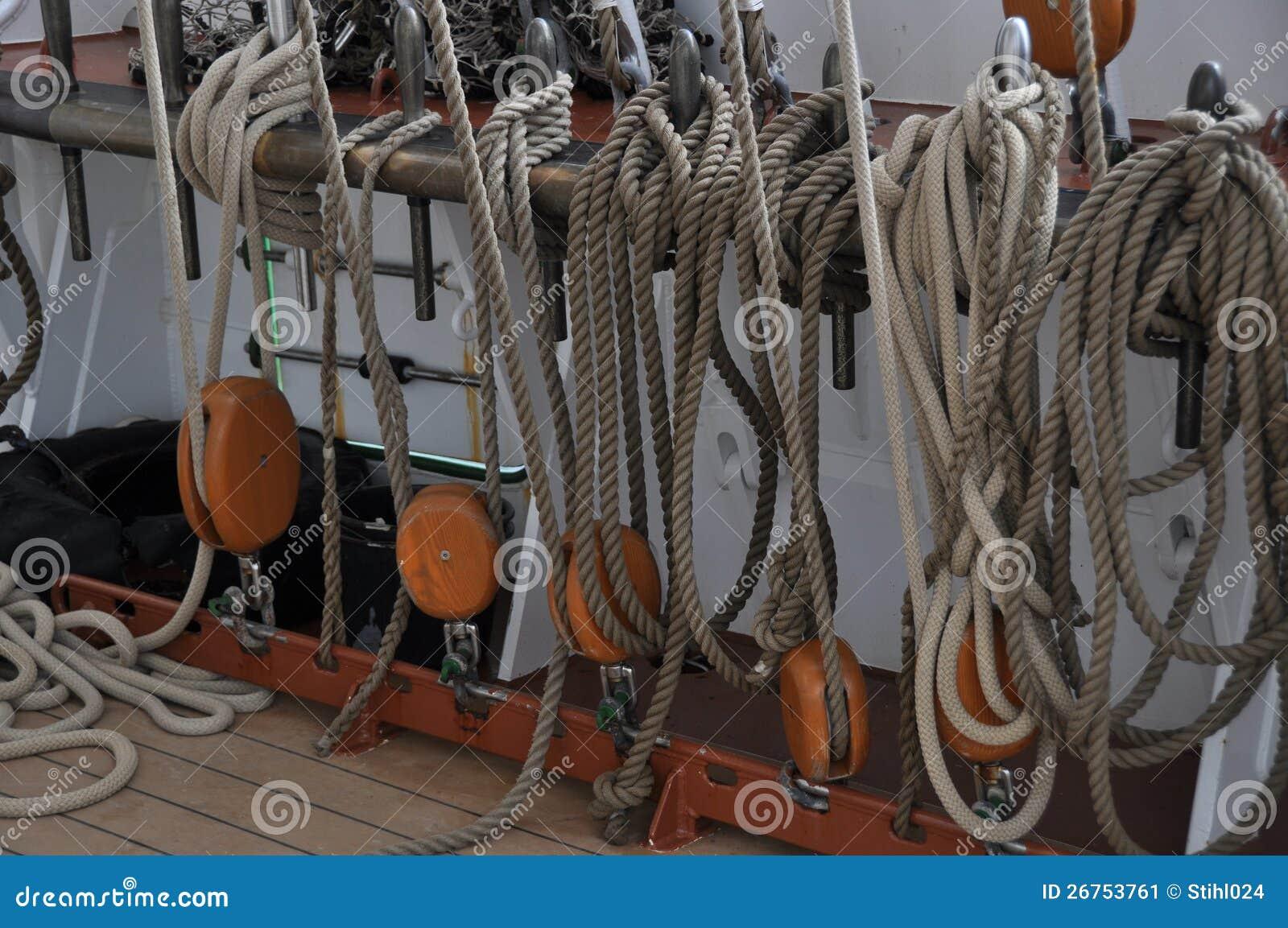 Fixed ropes on sail boat