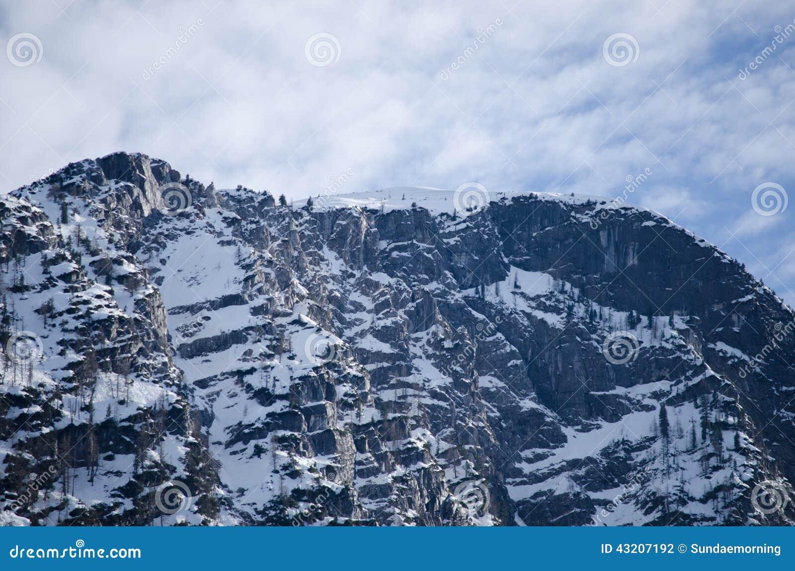 Download Fjällängberg Med Molnig Bakgrund Arkivfoto - Bild av europa, snow: 43207192