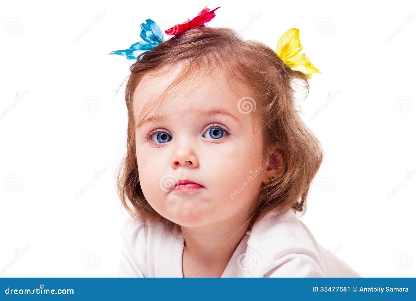 Fjärilsliten flicka