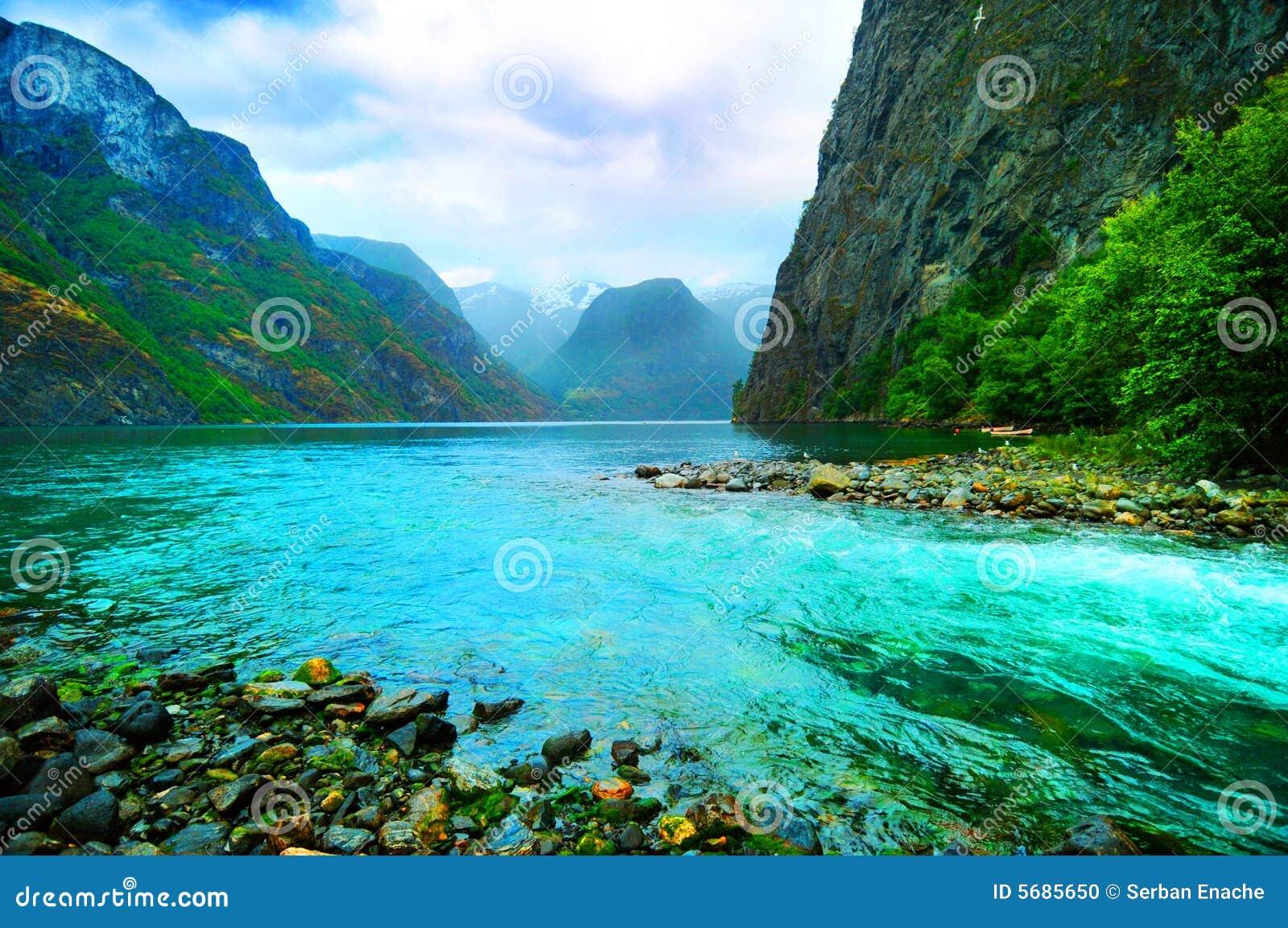 Fjord e rio, Noruega