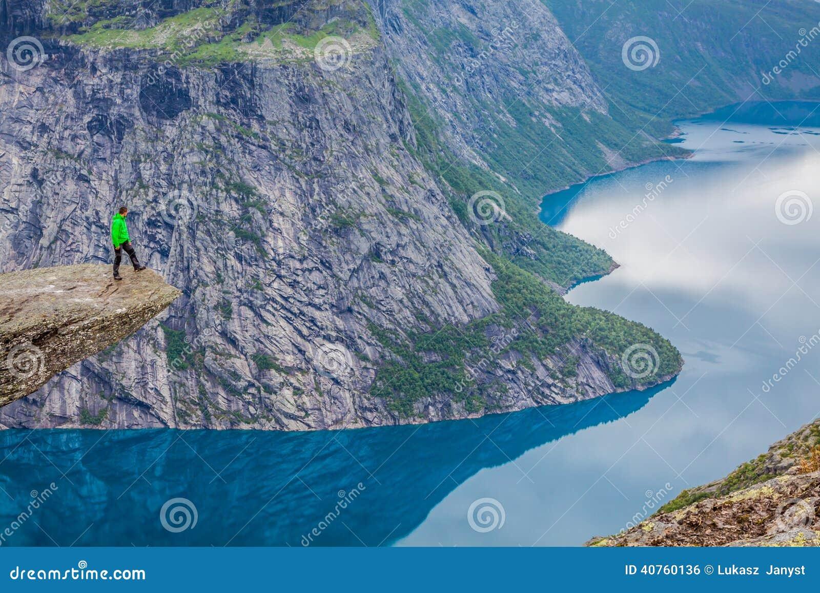 Fjord Norwegen-Berg-Trolltunga Odda Norge-Wanderweg