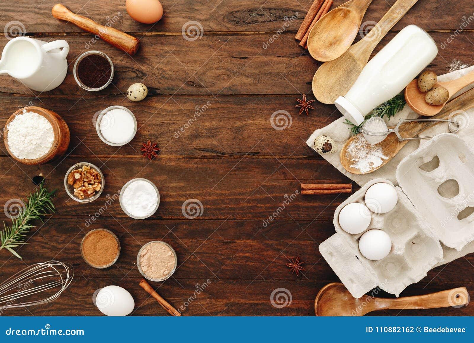 Flache Lage Ood Auf Küchentischhintergrund Butter Milch Hefe Mehl