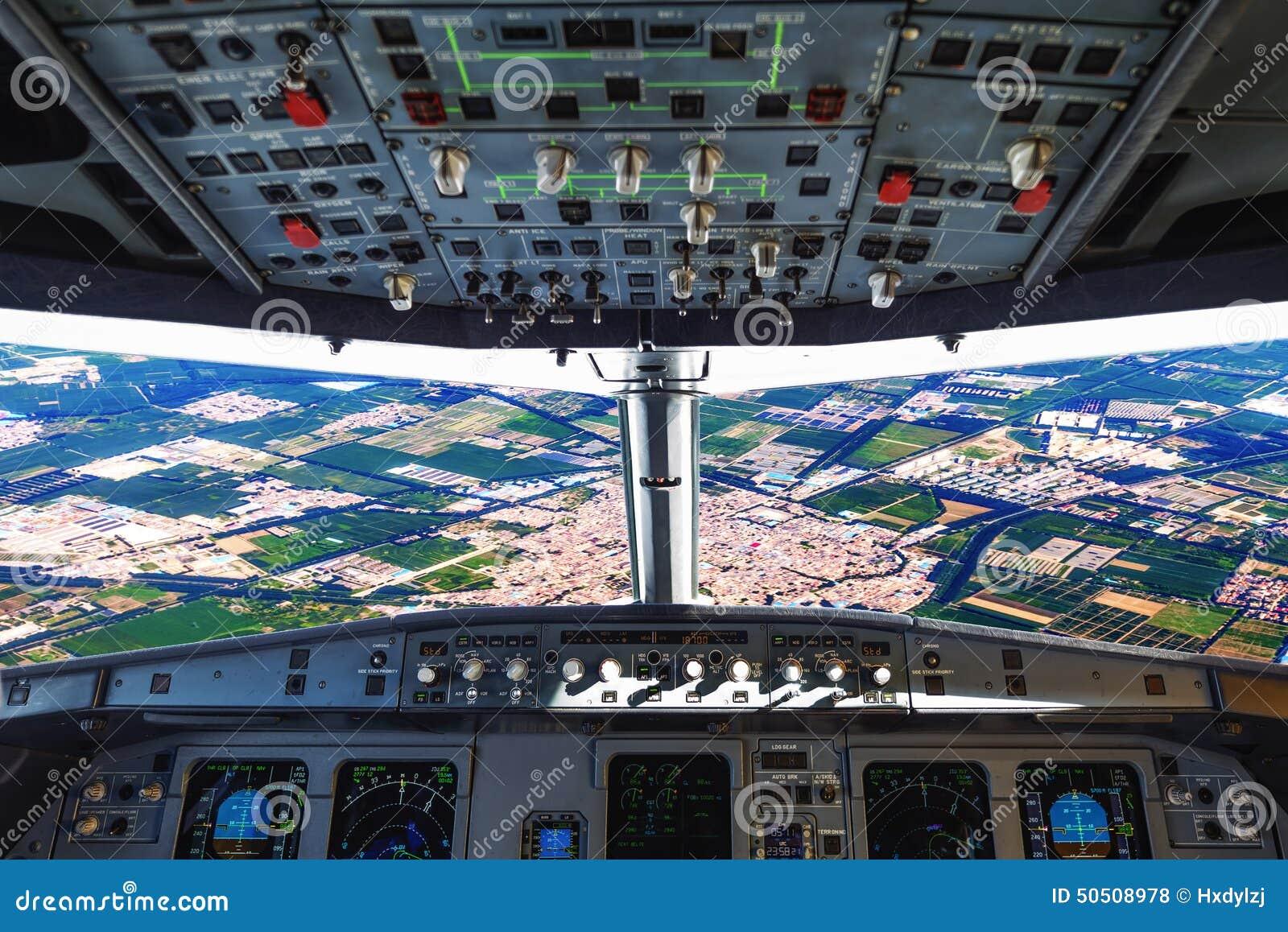 Flaches Cockpit