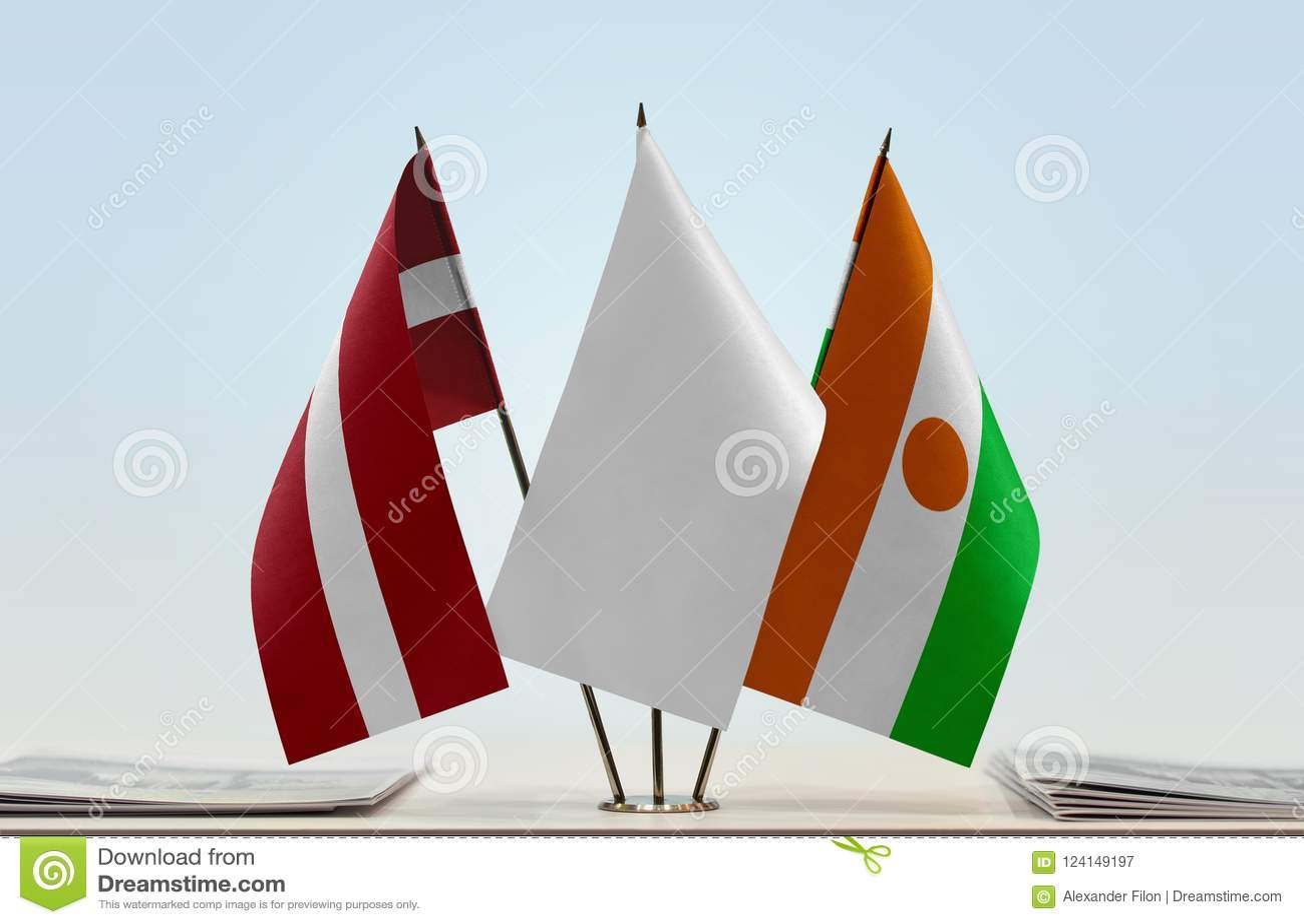 Flaga Latvia i Niger