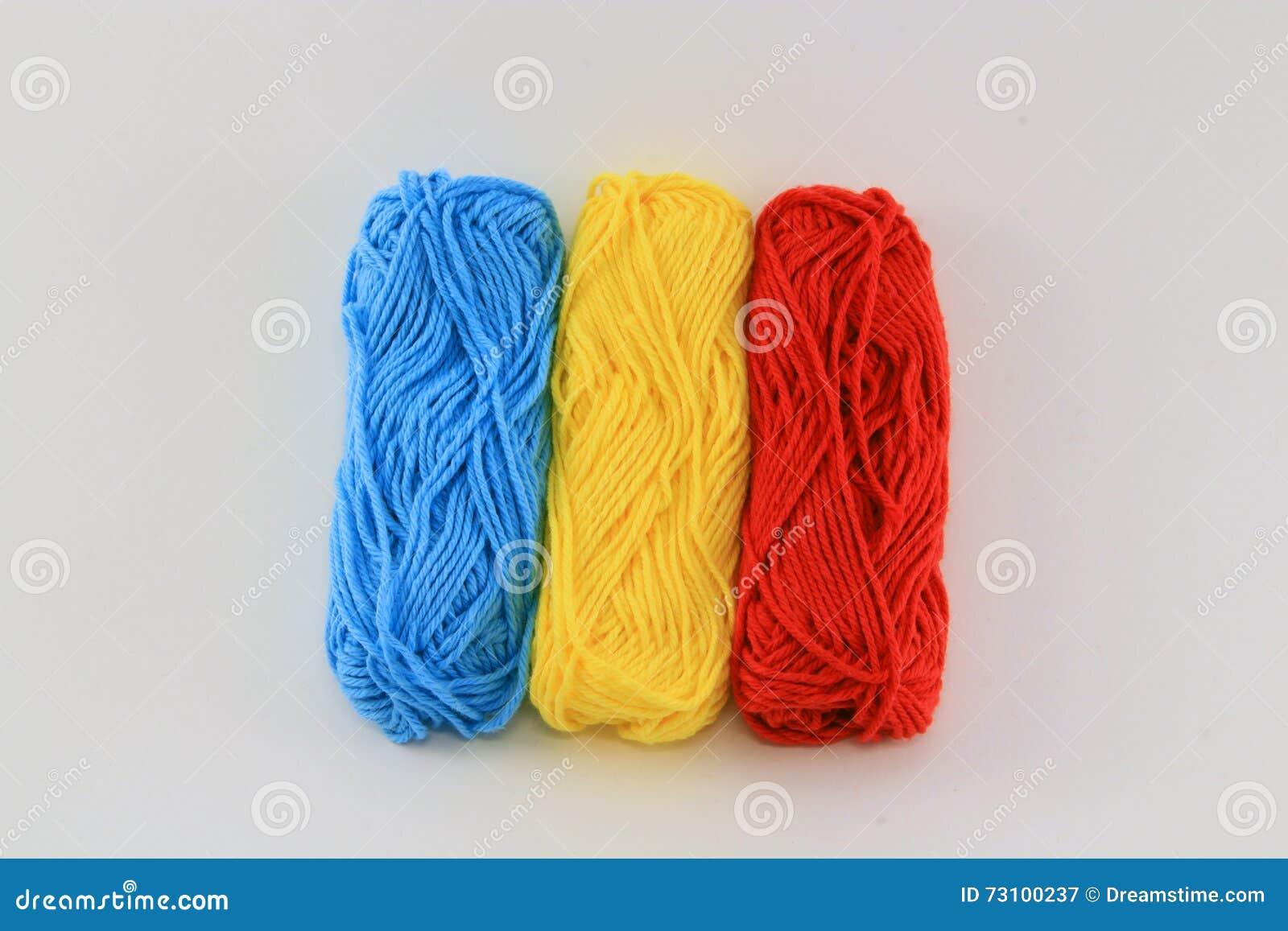 Flagga av ull Rumänien