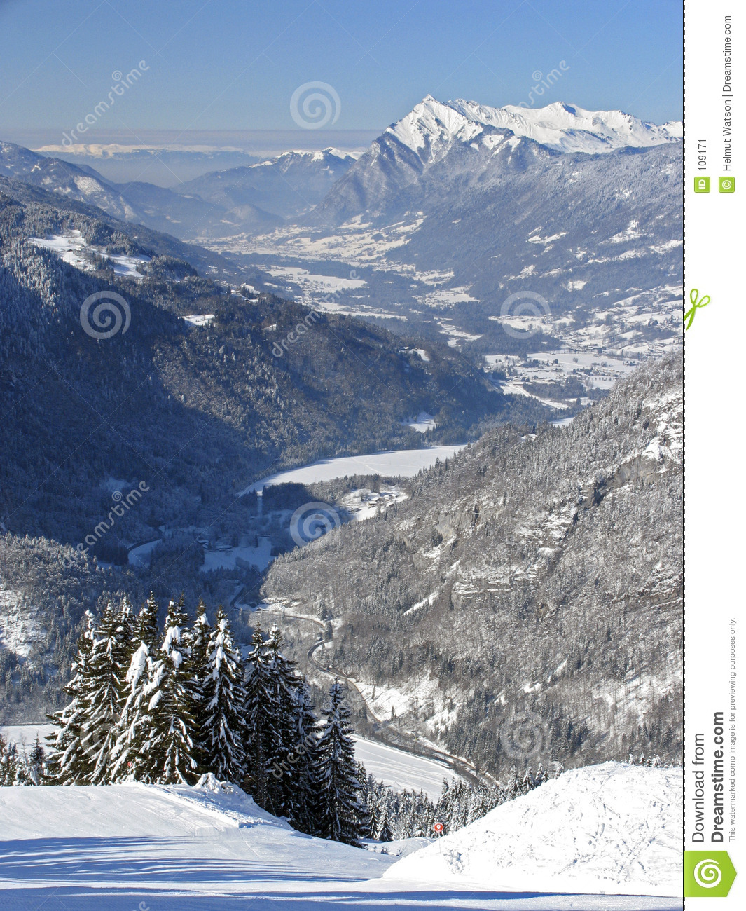 Flaine - Valley view
