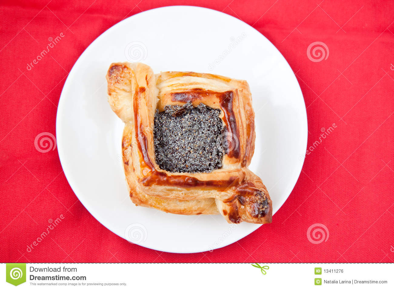 Flaky Croissant With Poppy Royalty Free Stock Image - Image: 13411276