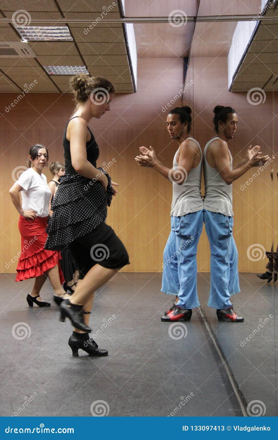 Flamencolehrer Miguel Vargas in der Flamencokunstmitte 'La Merced 'in Cadiz