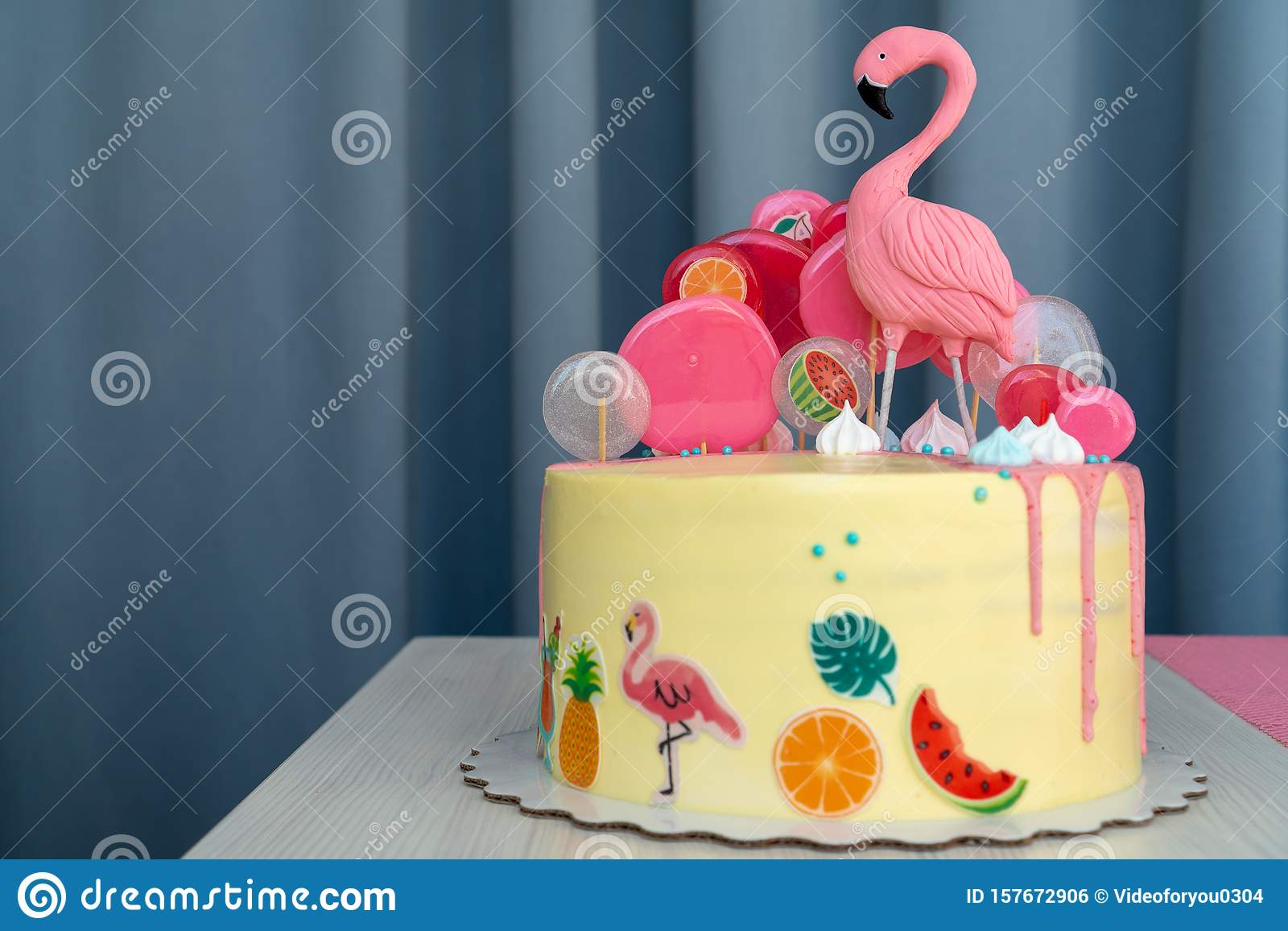 Incredible Flamingo Cake At The Hawaiian Party Childrens Birthday Cake Aon Funny Birthday Cards Online Alyptdamsfinfo