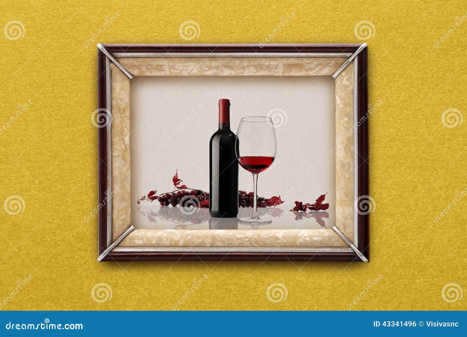 Flasche Und Glas Wein Im Bilderrahmen Auf Der Wand Stockfoto - Bild ...