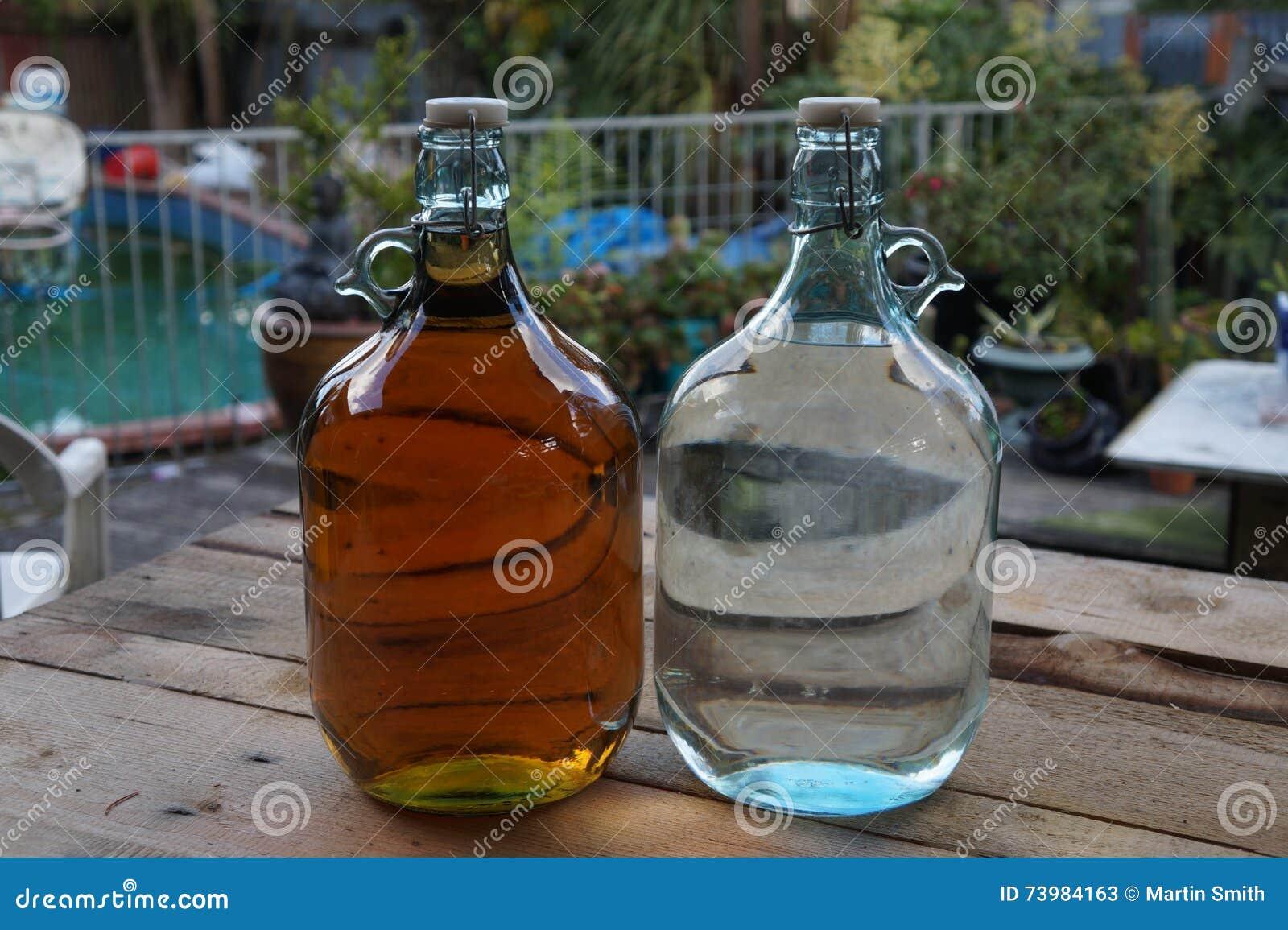 Flaschen des Mondenscheins