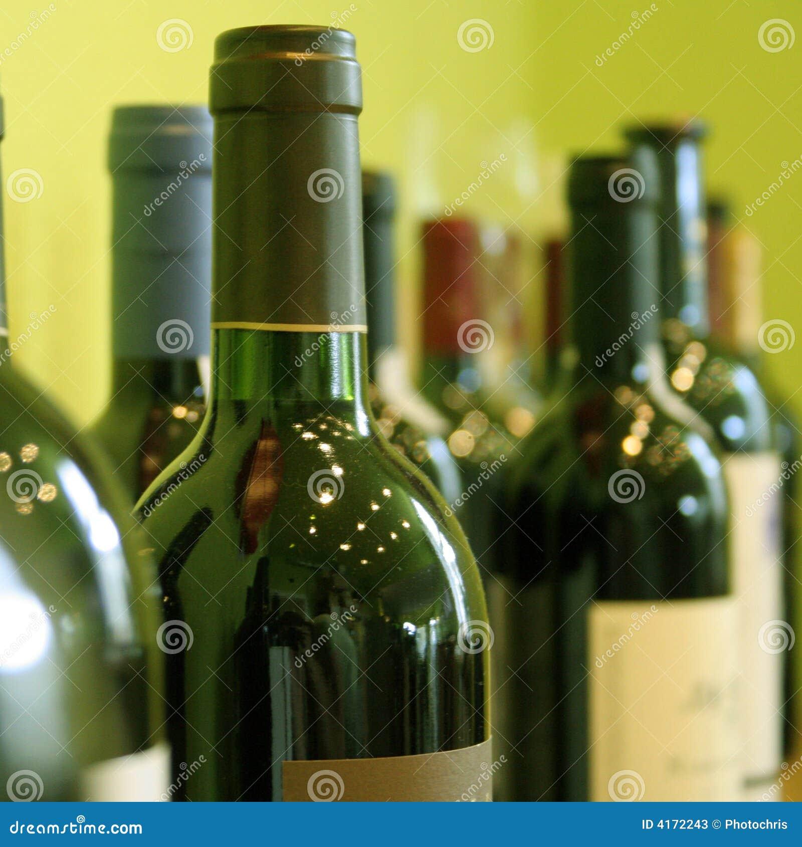 Flaschen Wein