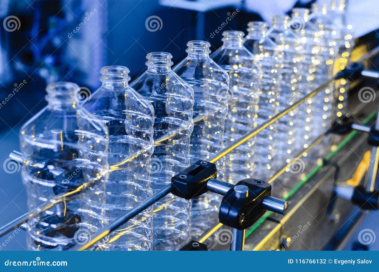 Flaska Industriell produktion av plast-husdjurflaskor Fabrikslinje för fabriks- polyetylenflaskor Genomskinlig matpackag