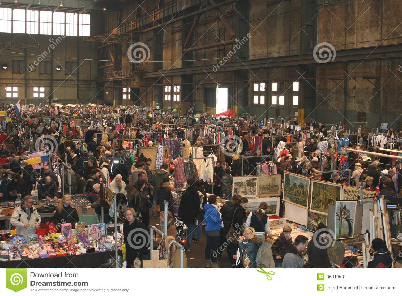 Retro Vintage Flea Market, IJ Hallen, Amsterdam Editorial Photo   Image  36819531