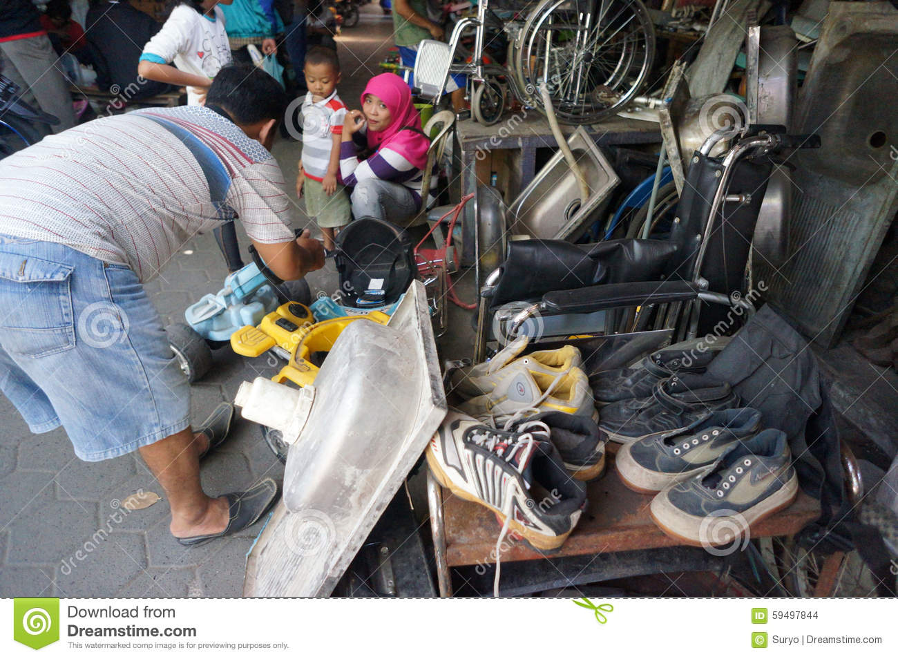 Flea Market Editorial Stock Image - Image: 59497844