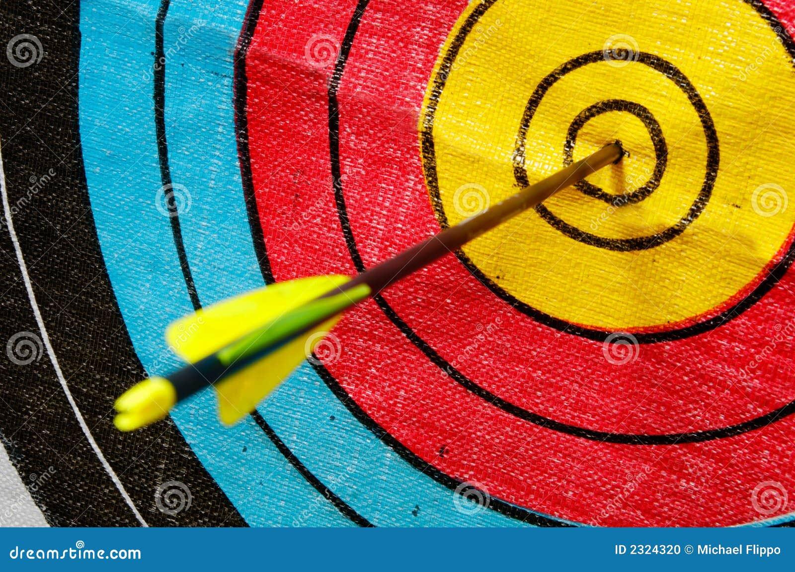 Flecha En Blanco Foto De Archivo
