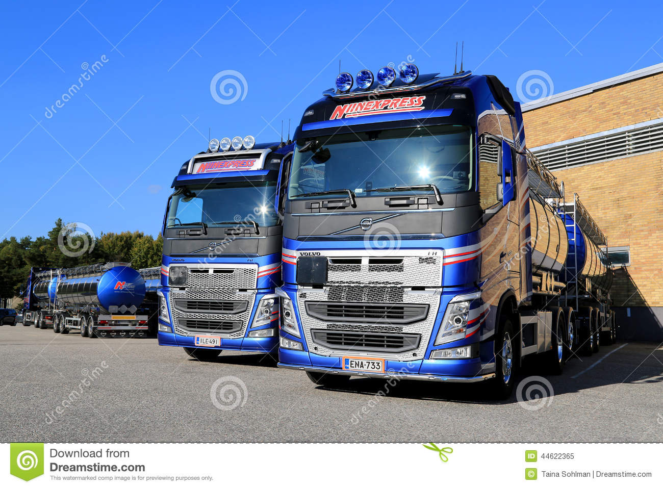 Fleet Of Volvo FH 500 Tank Trucks On A Yard Editorial Image - Image