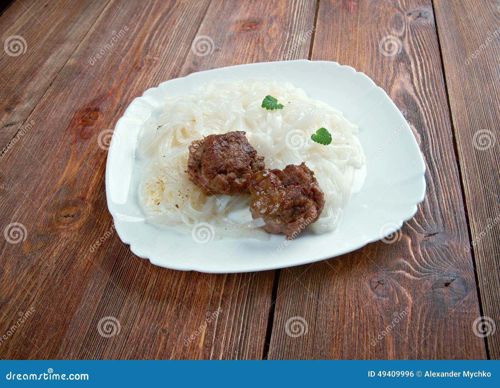 Download Fleisch Mit Gemüse Und Reisnudeln Stockfoto - Bild von stir, ausschnitt: 49409996