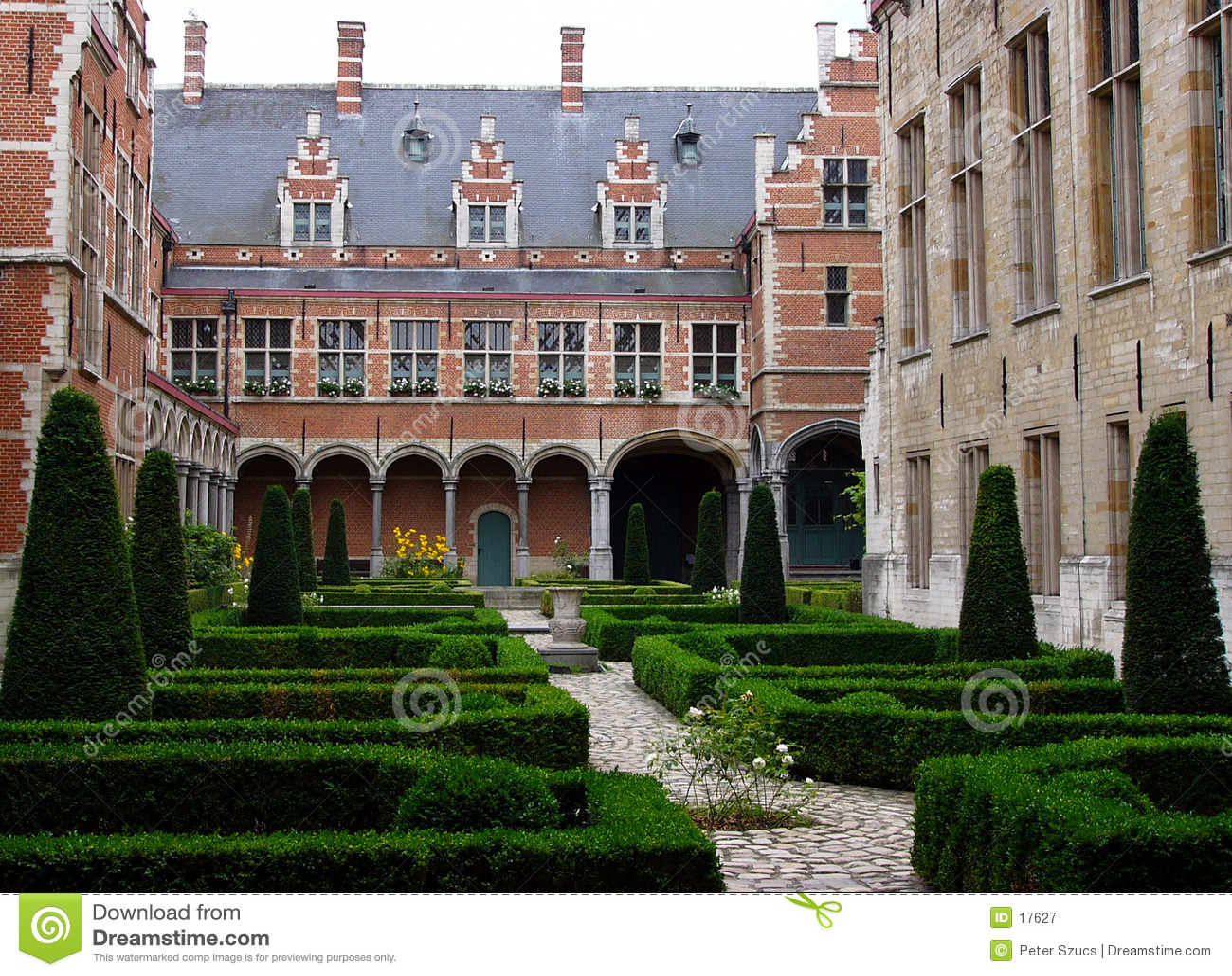 Flemish courtyard 1