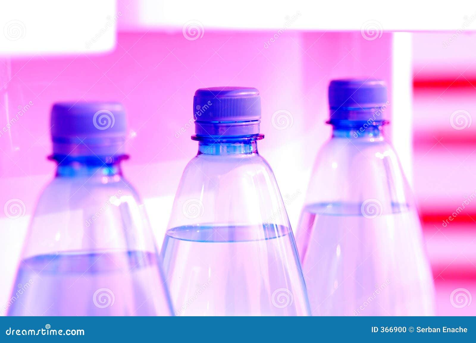 Flessen 1 van het water