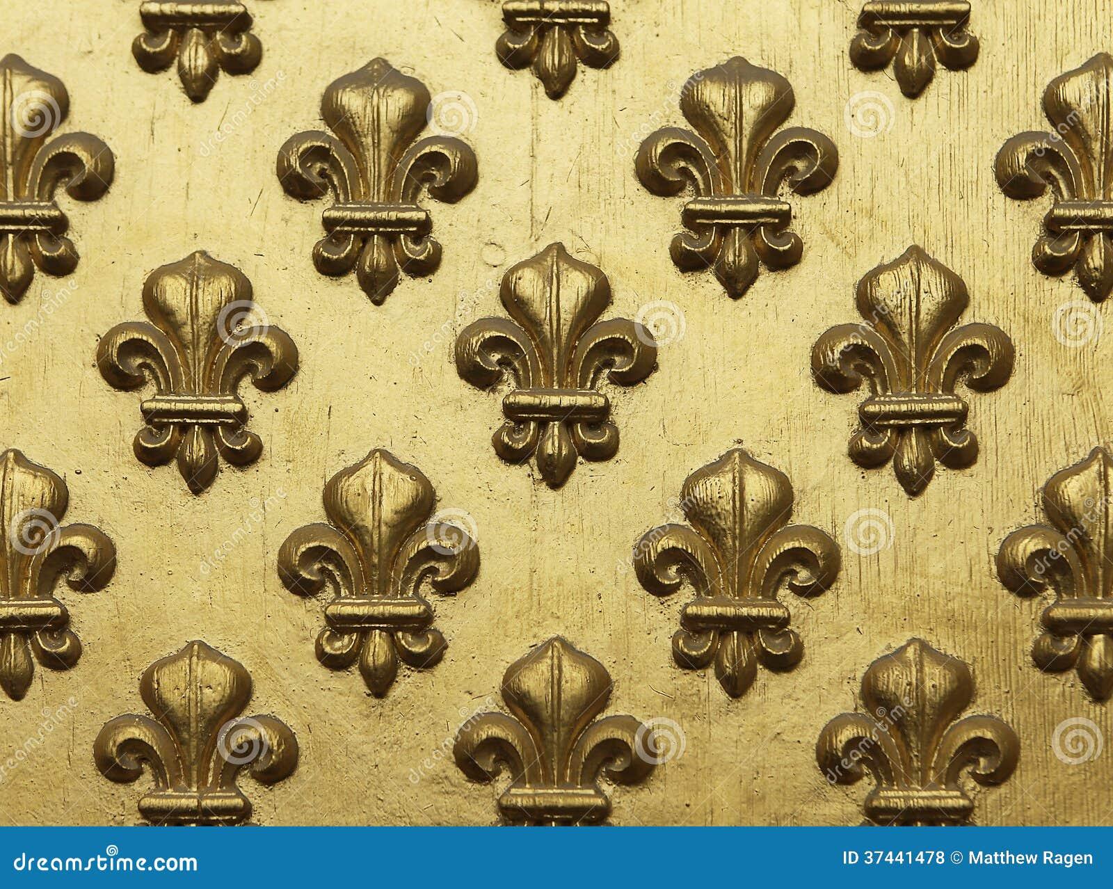 Fleur de Lis Pattern In Gold