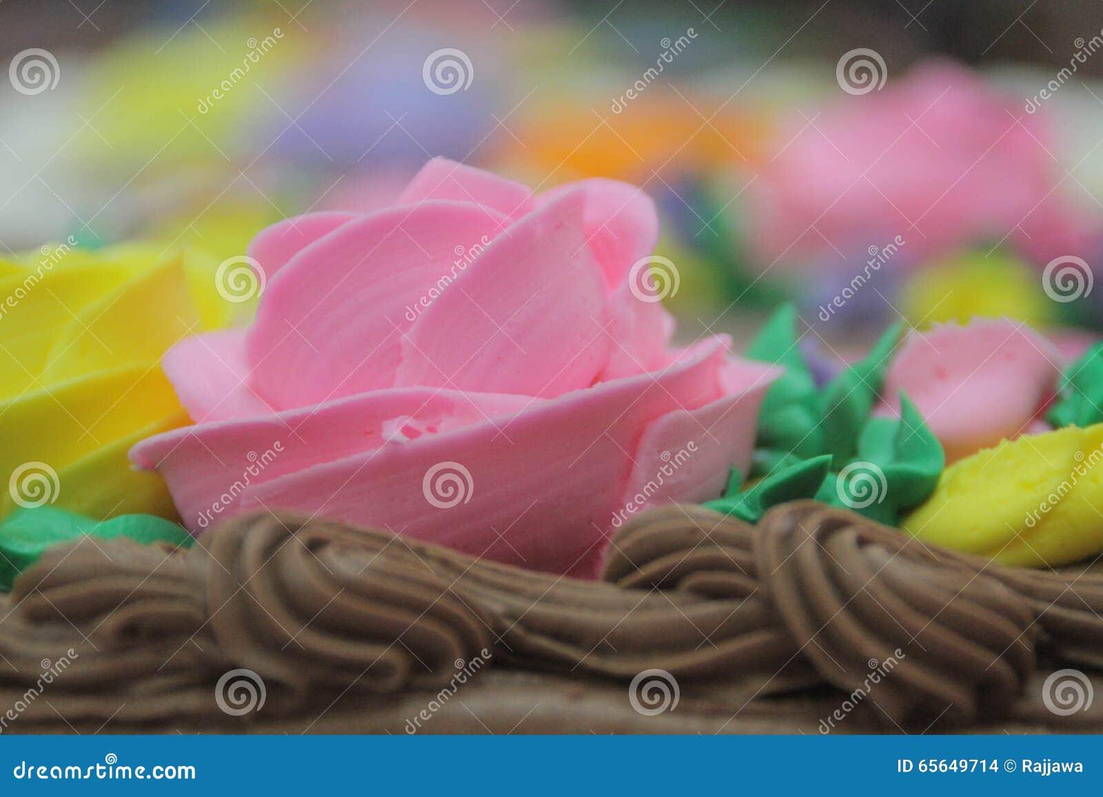 Fleur rose de gâteau