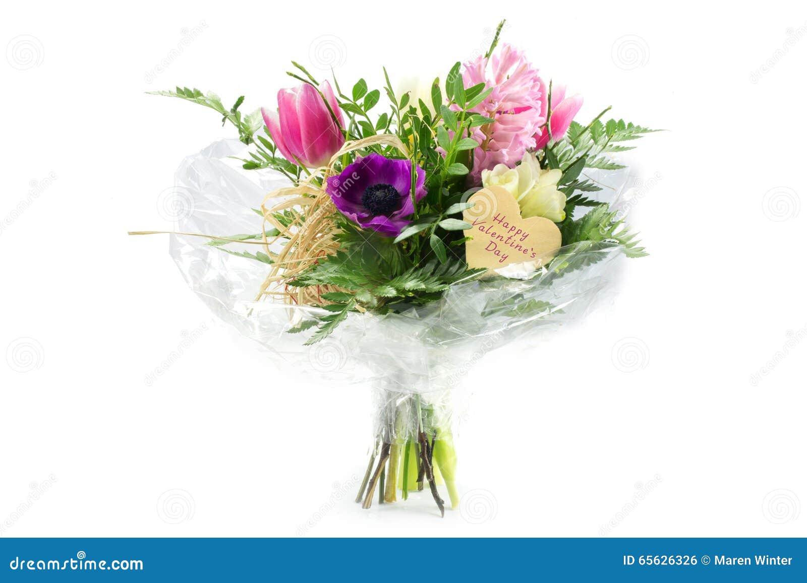 Fleurissez le bouquet dans la cellophane avec une forme en bois de coeur, hasard des textes