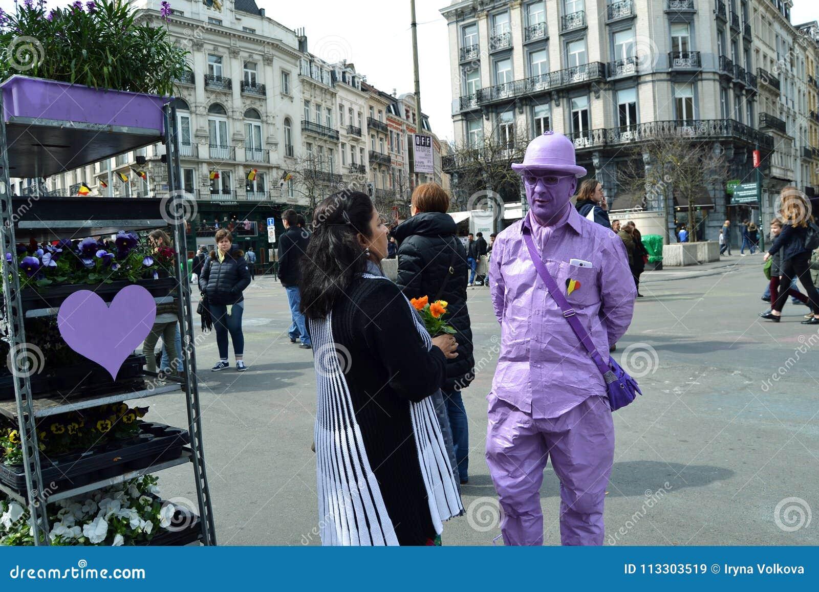 Fleuriste ultra-violet chez Place de la Bourse à Bruxelles