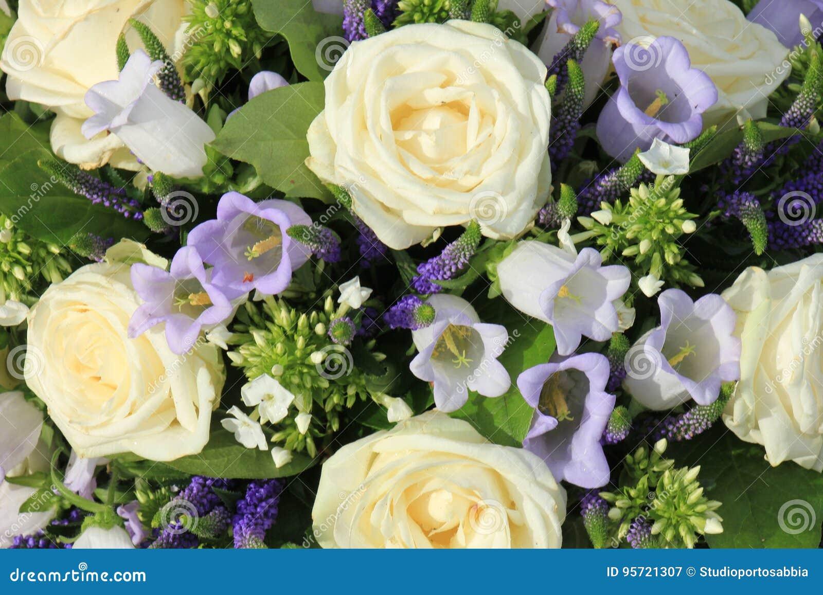 Fleurs Bleues Et Blanches De Mariage Image Stock Image Du