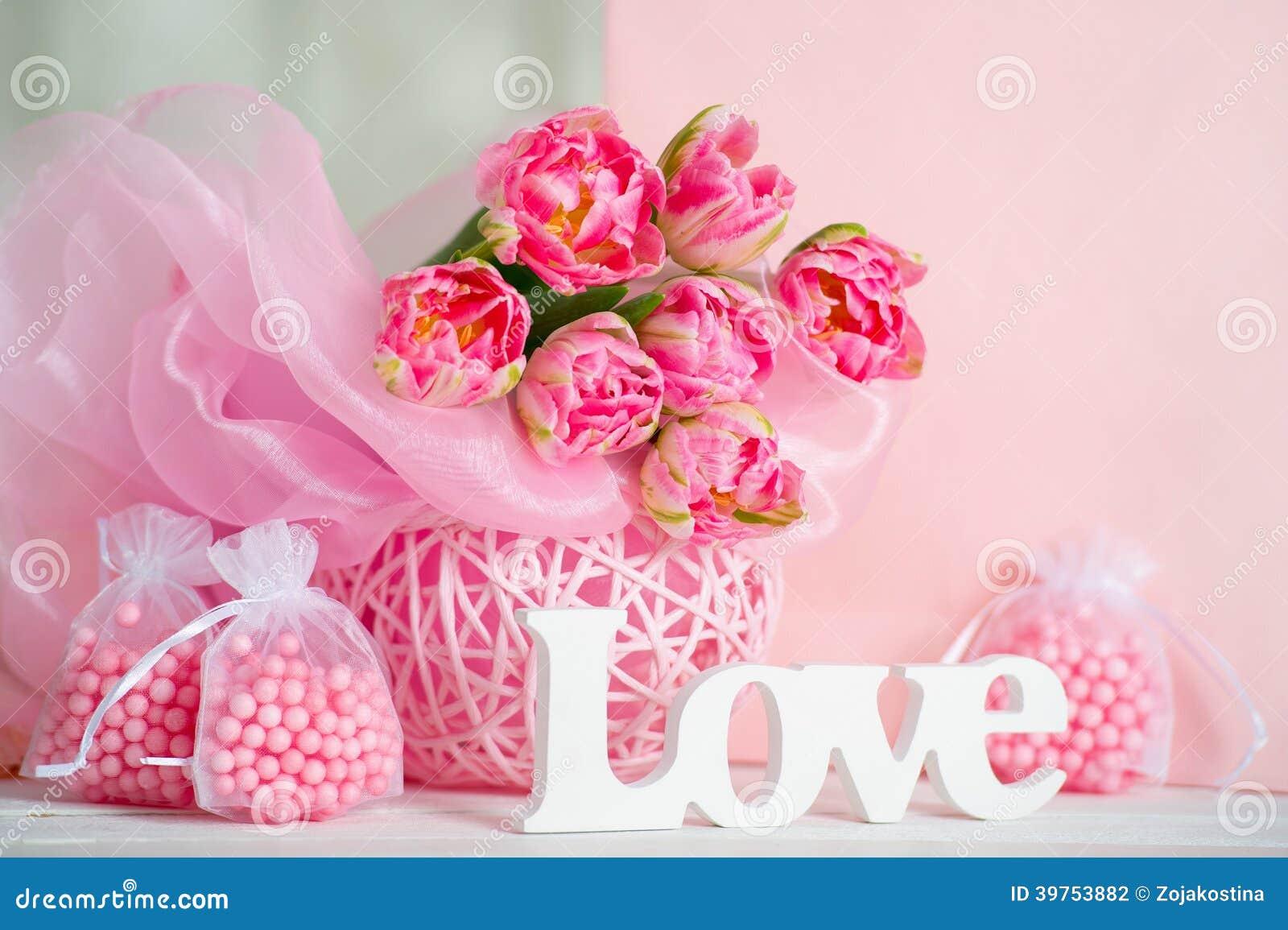 Fleurs Et Lettres D'amour Roses De Handmande Photo stock ...
