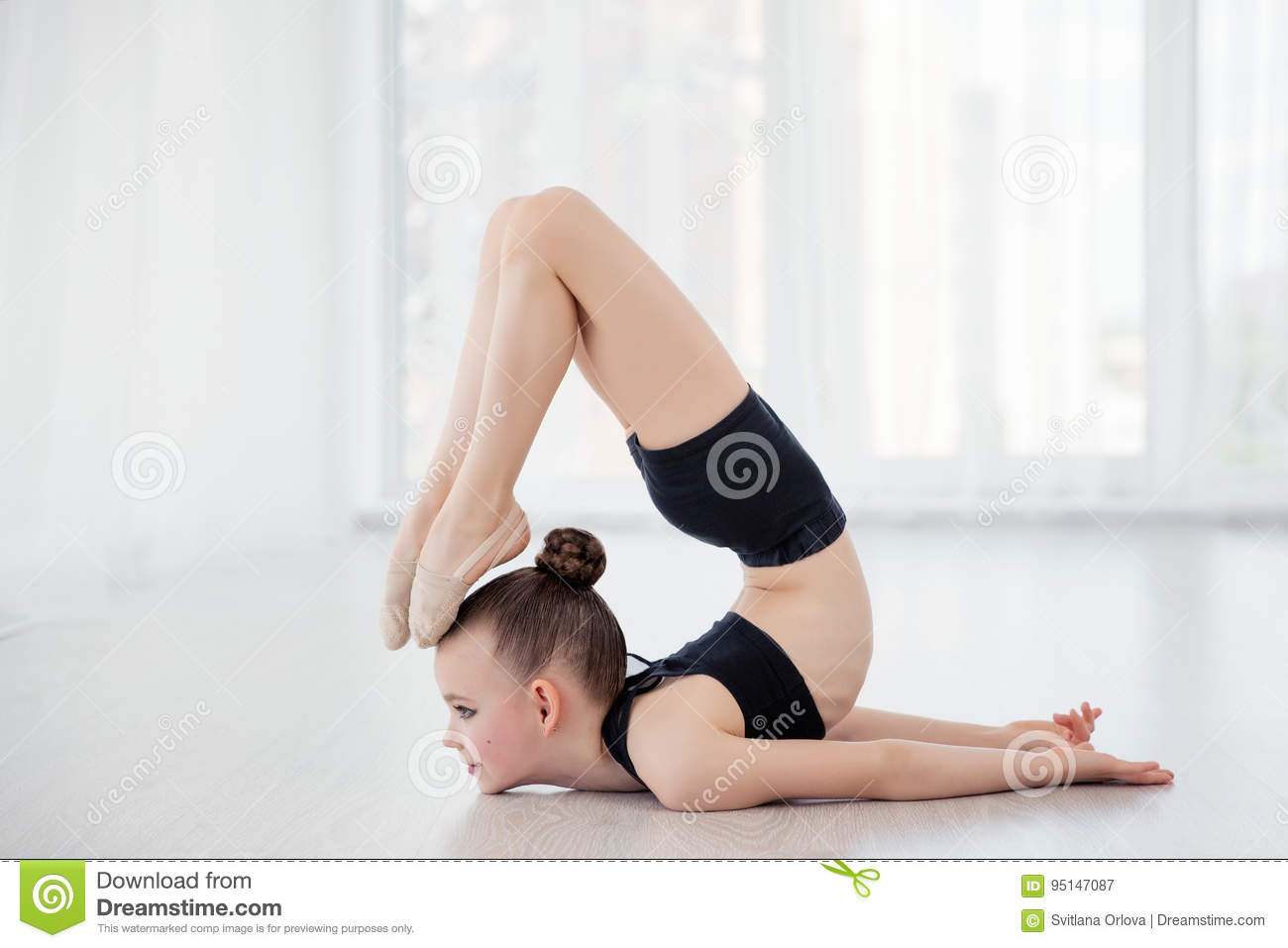 Flexible gymnast girls join. was