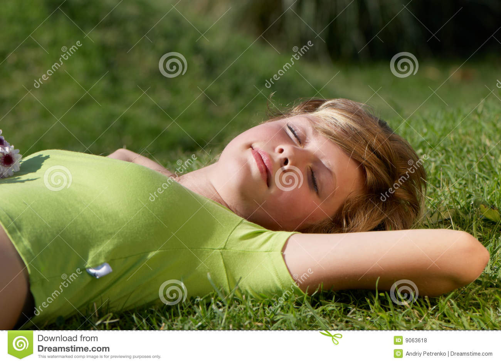 Flickagräs som har restbarn