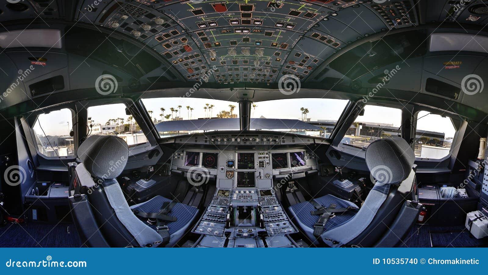 flightdeck della cabina di guida del airbus 320 fotografia