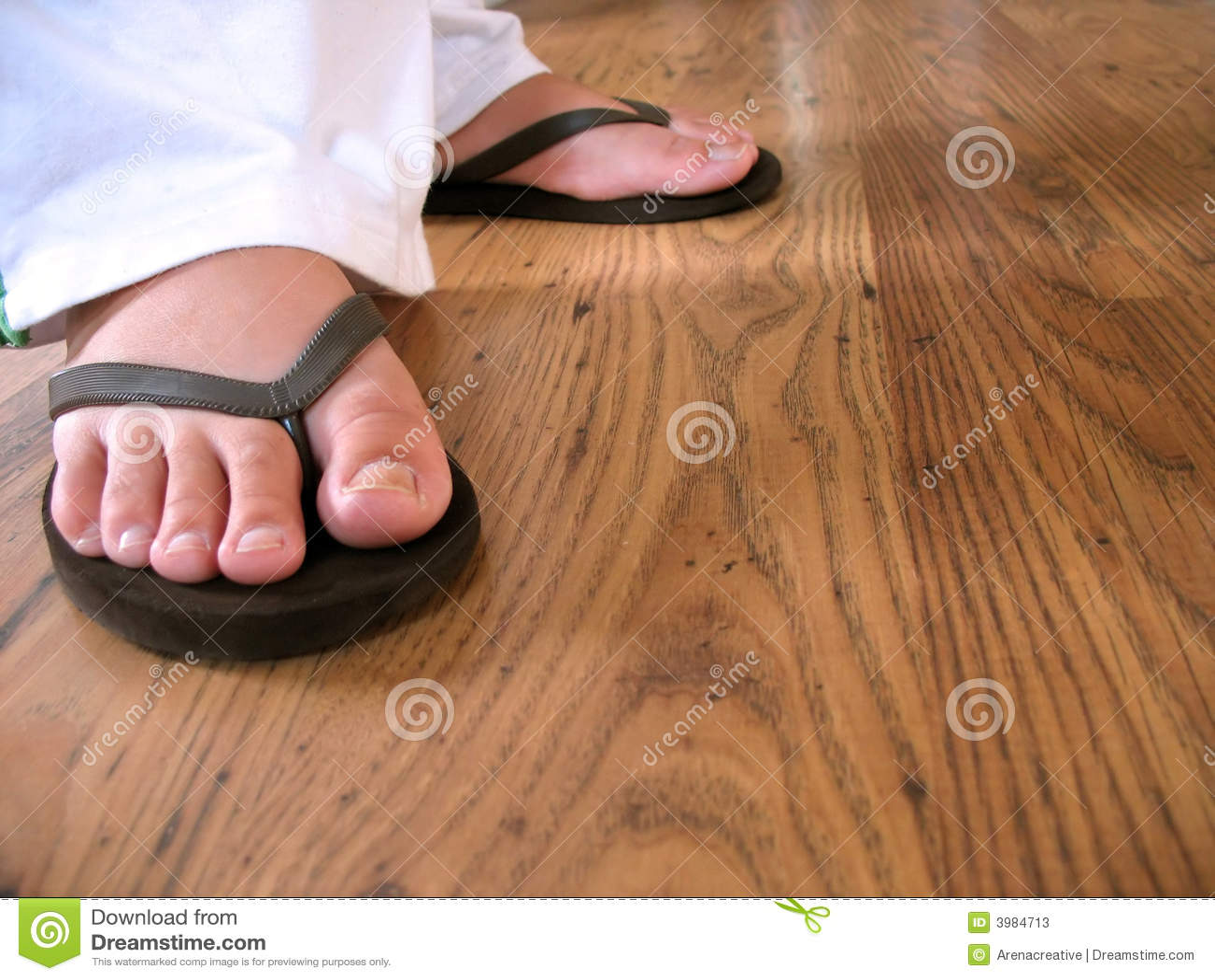 Flip flop feet