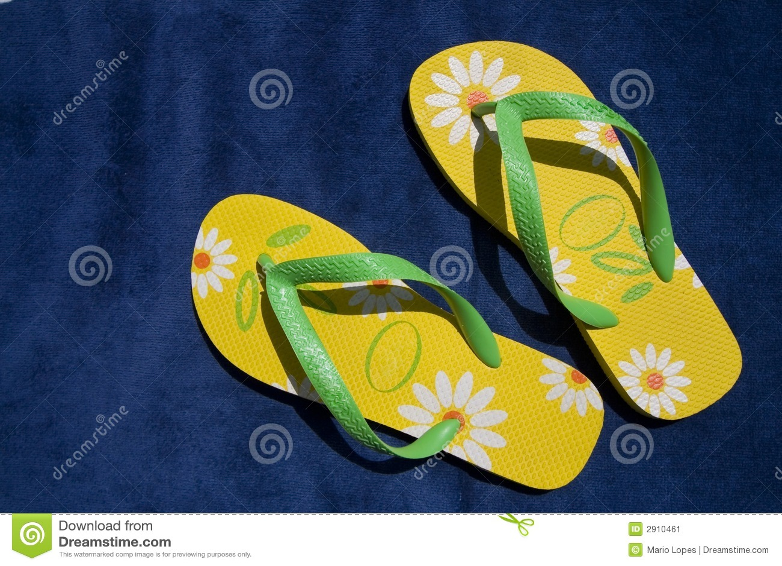 Flip-flop verdes y amarillos