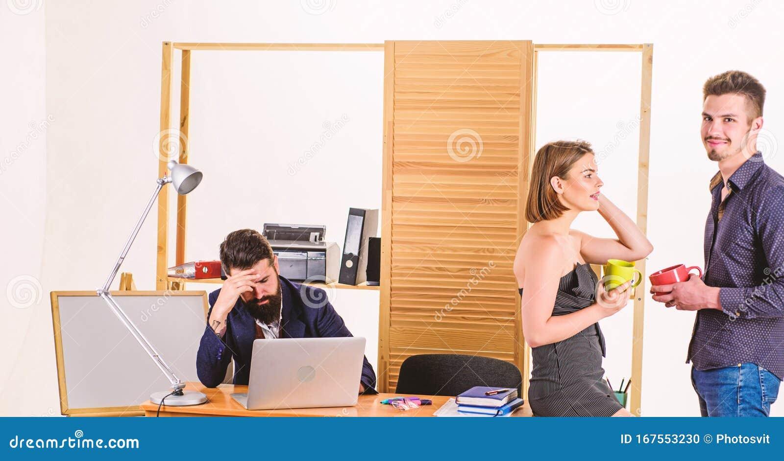 mit arbeitskollegen flirten apple watch 3 kennenlernen