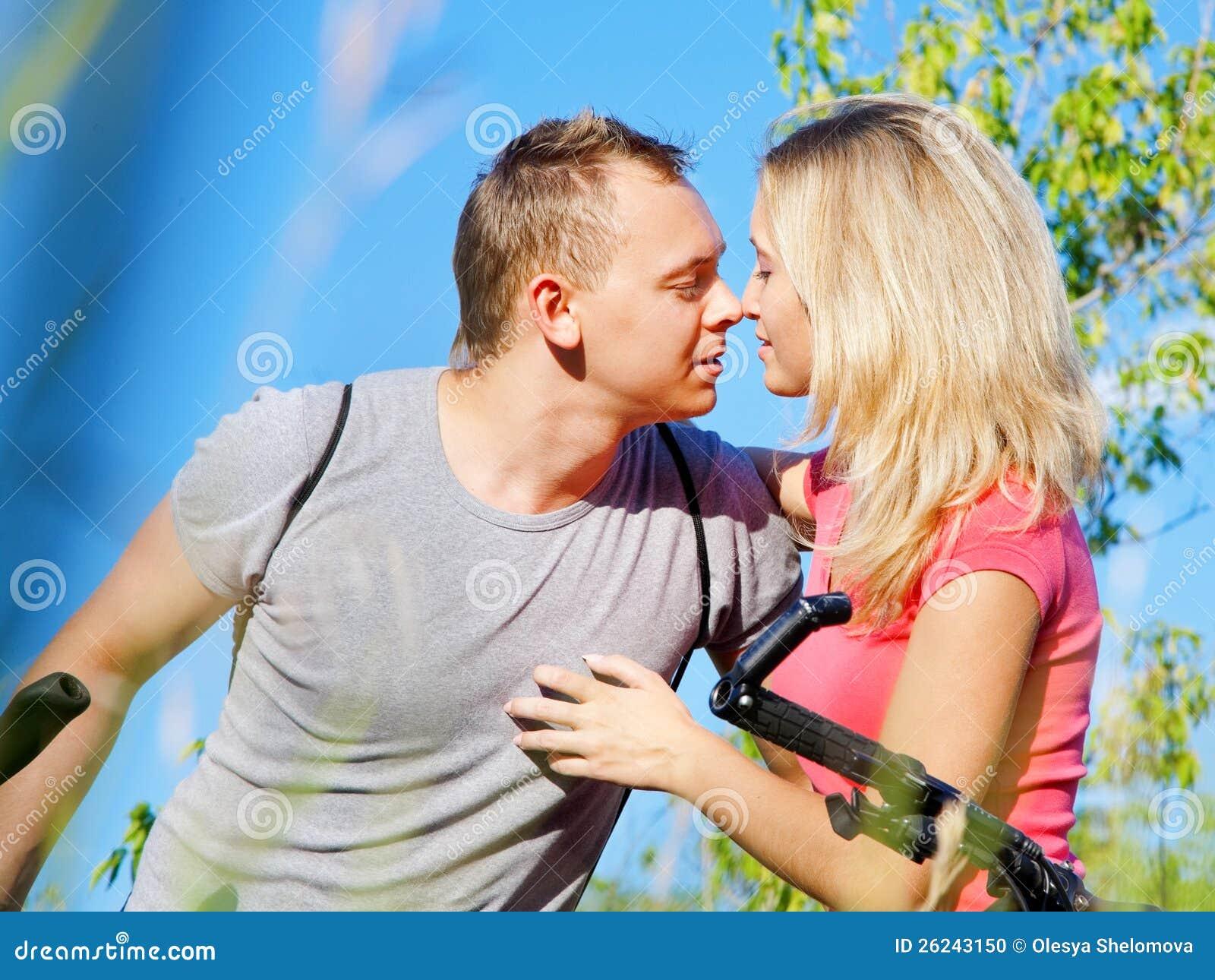Holdning flirt menn