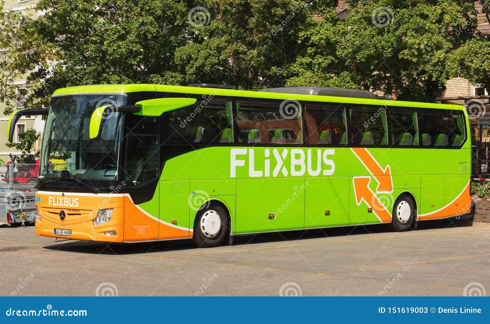 Flixbus trener w mieście Zurich, Szwajcaria