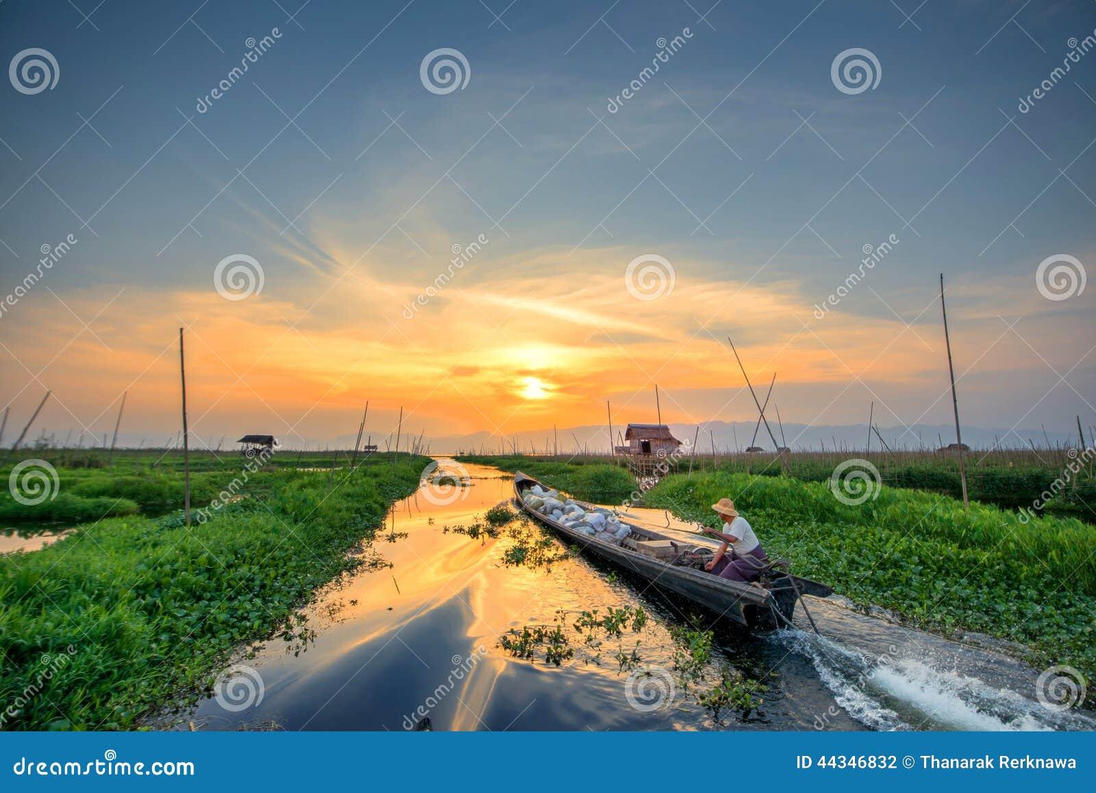 Village On Water, Inle Lake, Burma (Myanmar) Editorial Image ...