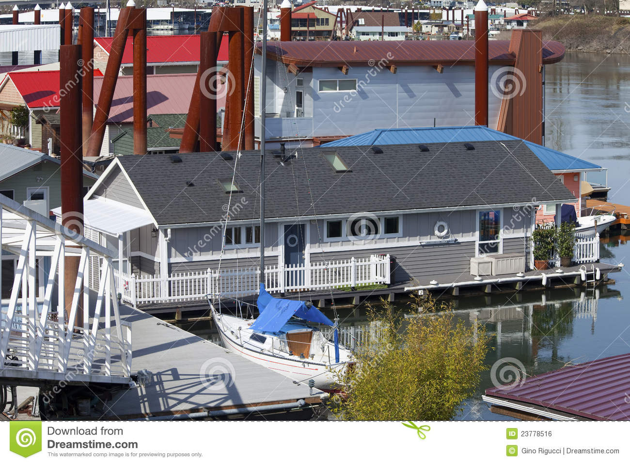 Floating homes neighborhood portland oregon royalty free Portland floating homes