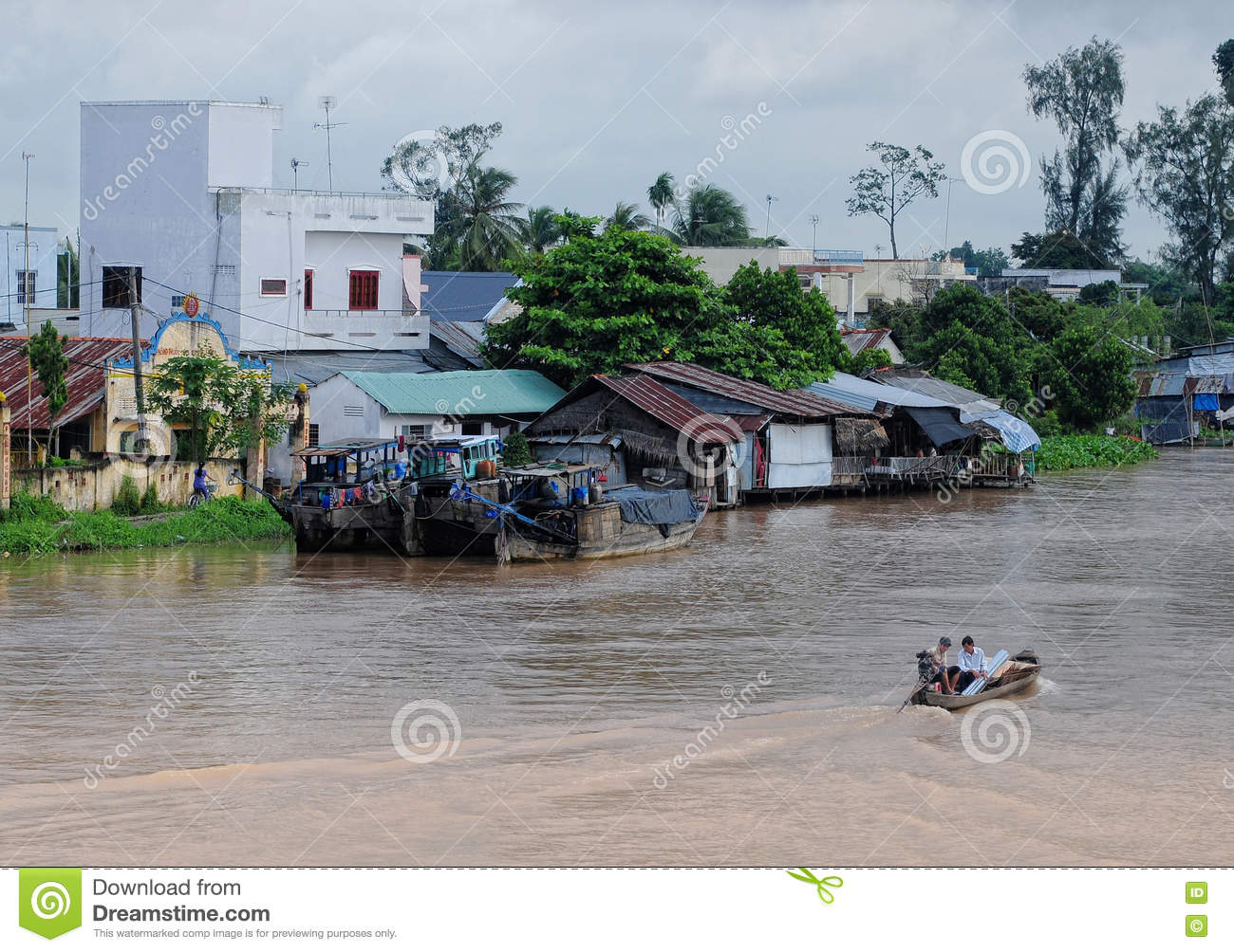 Floating Houses On Mekong River In Tra Vinh, Vietnam Editorial Image