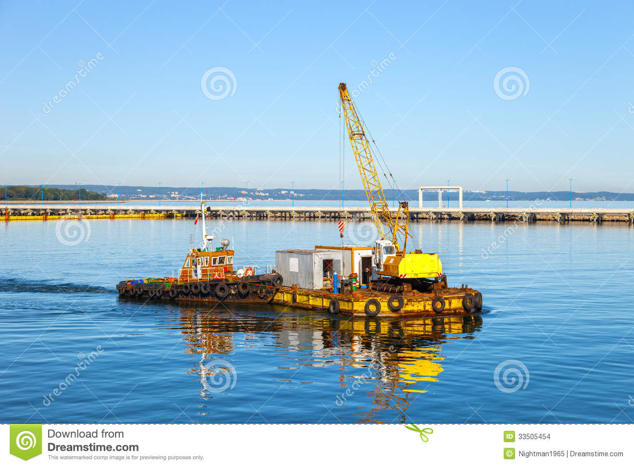 Floating Pontoon And Crane Stock Images - Image: 33505454