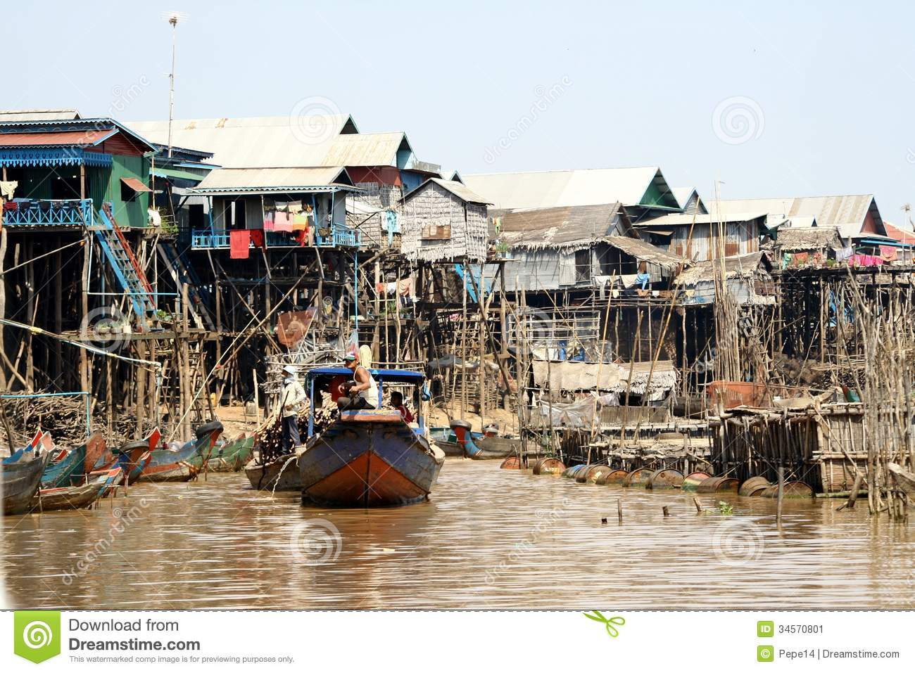 Floating Village In Cambodia Editorial Photo - Image: 34570801