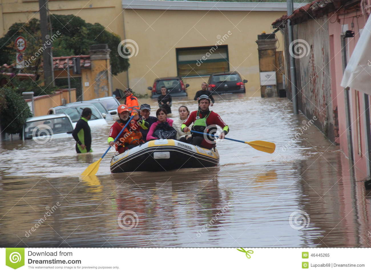 Flooded residential areas In Marina di Carrara and rescue
